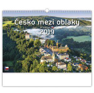 Kalendář nástěnný 2019 - Česko mezi oblaky
