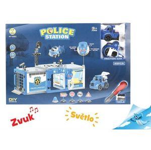Policejní stanice s autem a letadlem na baterie se světlem a zvukem s doplňky